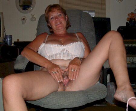 Rencontre adultère entre adultes cleans pour une coquine sexy